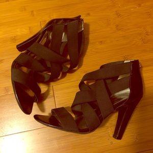 Jessica Simpson bondage heels